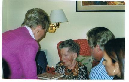 Betty, 90 años