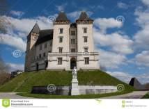 castle-pau-france-30650911